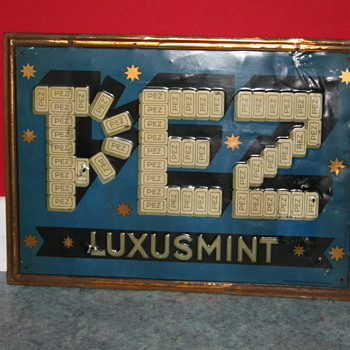 Pez tin sign