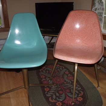 Two Plastic (Fiberglass?) 50&#039;s chairs--Pink and Blue