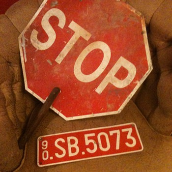 Police Stop and Slow Sign & Belgium car tag