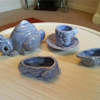 Childs Vintage 4 pc tea set in the shape of Bunnies.