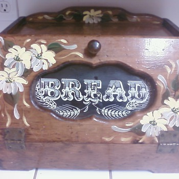 Bread wood box - Kitchen