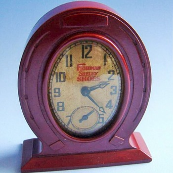 Miniature Bakelite Mantle Clock