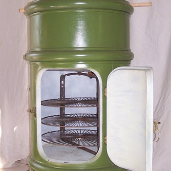 1908 Round Metal Icebox (NOT FRIDGE) - Kitchen