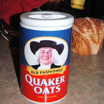 """I LOVE OATMEAL...QUAKER OATS OATMEAL"" - Kitchen"