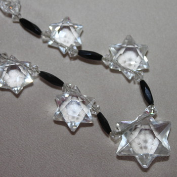 Art Deco Star Glass Necklace - Costume Jewelry