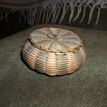 Miniature Sea Urchin Basket