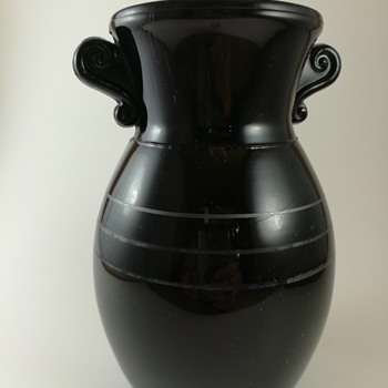 L.E. Smith Black Amethyst depression Glass vase