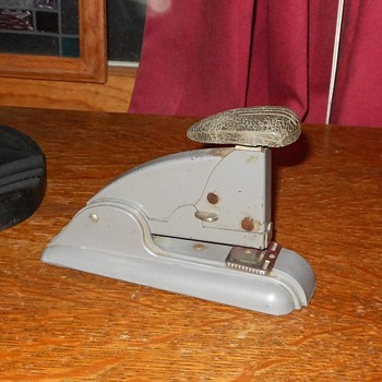 Swingline Speed StaplerNo. 3 1957