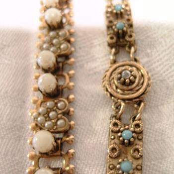 Vintage bracelets - Costume Jewelry