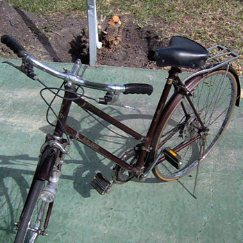 1970 Raleigh Ladies Sprite model bicycle - Outdoor Sports