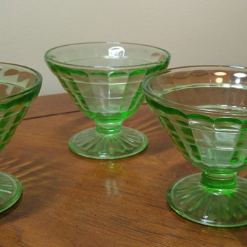 2 Pairs of Uranium Glass Sherbet bowls