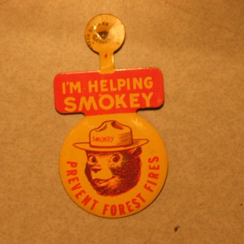Pocket hanger Smokey the Bear