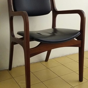Looking for info about this chair