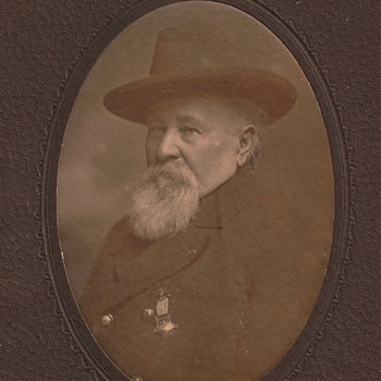 Civil War Veteran with GAR Membership Medal - Photographs
