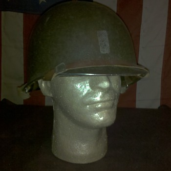 WWII US Army Officer combat helmet - Military and Wartime
