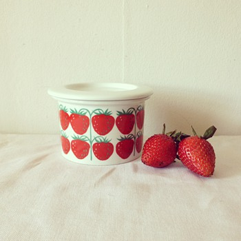 Arabia of Finland Strawberry Jam Pot - Kitchen