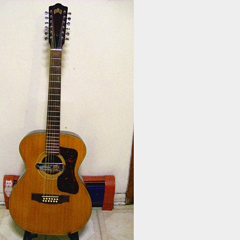 1970 Guild 12 string # oa1229 - Guitars