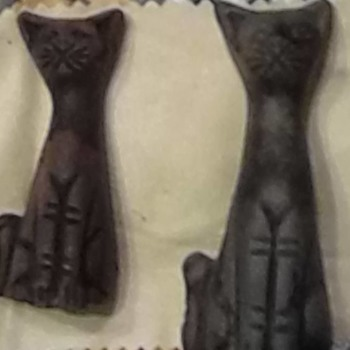 unknown carved cats