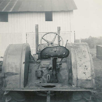 1934 John Deere D - Photographs