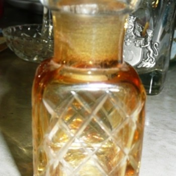"2 1/2"" Amber Square Bottle"