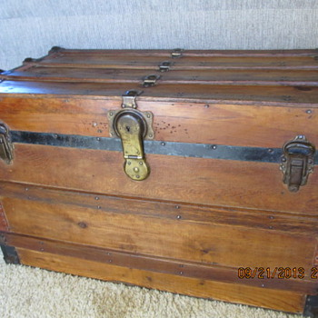 Golden Flat Top Trunk   - Furniture