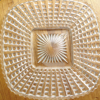 Large square plate - Glassware