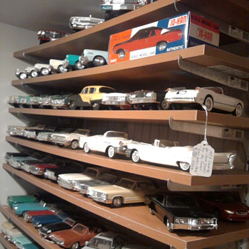 Cars, cars, and promo cars...  Love them in every scale... - Model Cars
