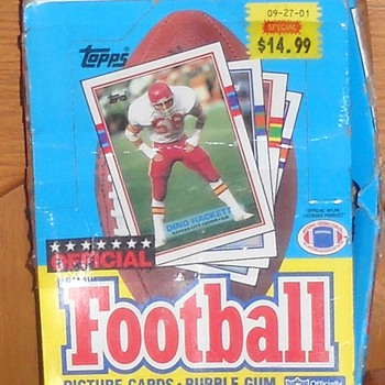 Another Store display box -1989 Topps football cards - Football