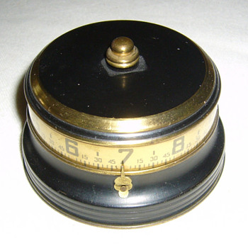 "Small Lux Blue Annular"" Mystery Rotary"" (aka ""Tape Measure"") clock 1935 - Art Deco"