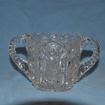 sugar bowl - Glassware
