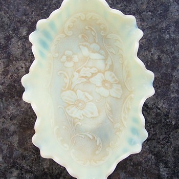 Scarce Northwood Custard Poppy Pickle Dish