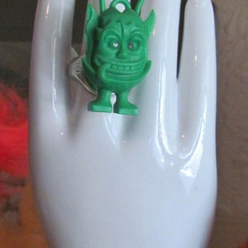Very scarce Martian Rat Fink Ring from the 1960's, I think - Toys