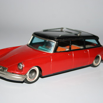 citroën DS friction bandai toy - Model Cars