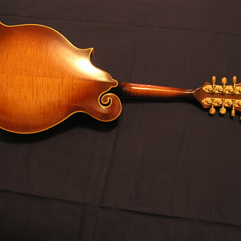 my F5 Gibson Mandolin when was it manufactured  - Musical Instruments