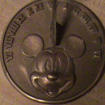 Mickey Mouse Sun Dial - Clocks