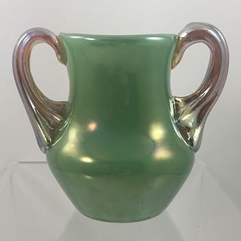 Loetz Saatgrün Ausführung 129 miniature, PN II-2252, ca. 1905-1909 - Art Glass