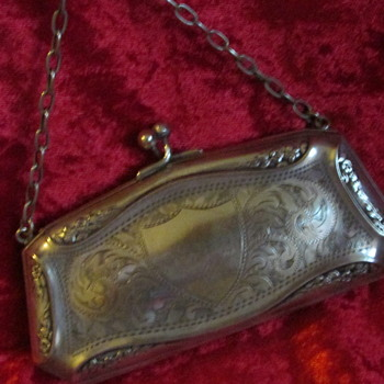 Lovely little purse - Victorian Era