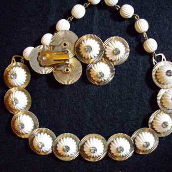 Early coro set  - Costume Jewelry