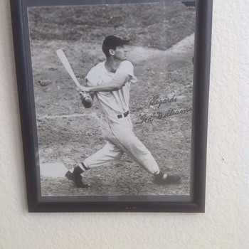 Ted Williams early photo autographed - Baseball