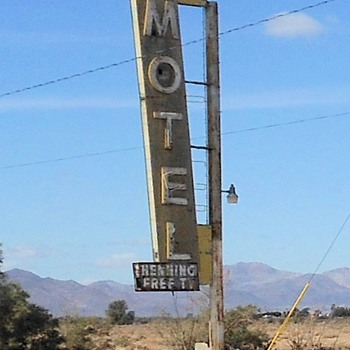 Route 66 Newberry Springs Motel and Gas Station - Photographs