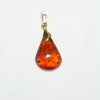 Small Art Deco Amber Pendant - Fine Jewelry