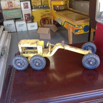 Grader Toy