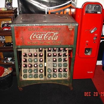 Original 1929 Glasscock Coke Cooler...Made In Muncie, Indiana - Coca-Cola