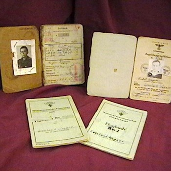 WW II German U Boat Crewman's Paybook and Flight Logs
