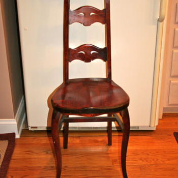 Antique Chair - unknown style - Furniture