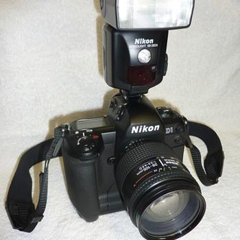 Nikon D1 - Cameras