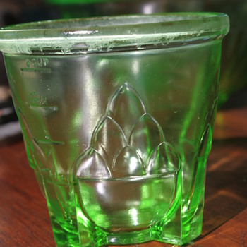 Art Deco Style Measuring Cup - Glassware