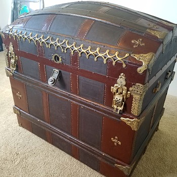 Craiglist Trunk - Furniture