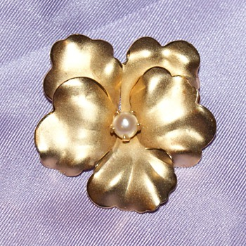 12K Gold Filled Pin - Costume Jewelry