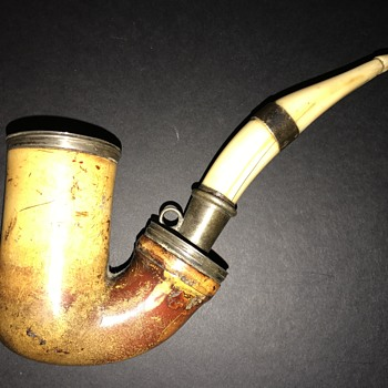 Meerschaum pipe but what is stem made of ?